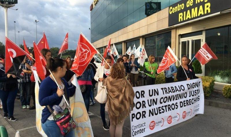 Más de un 80% de los trabajadores del telemarketing secunda en Cantabria la huelga por el nuevo convenio