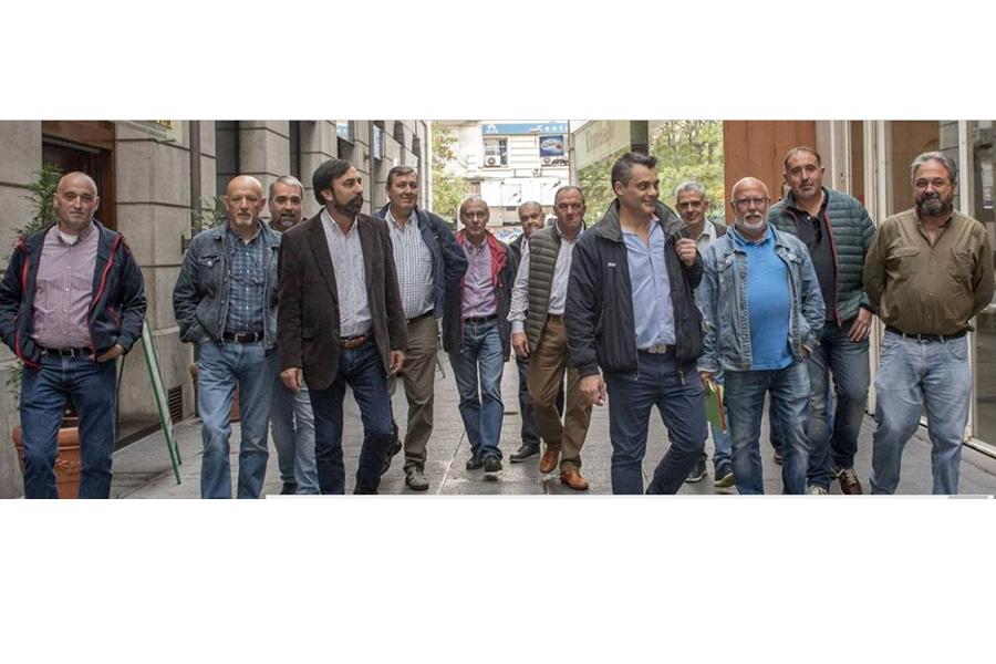 Los sindicatos ratifican la huelga en el transporte de viajeros por carretera tras no prosperar la mediación en el ORECLA