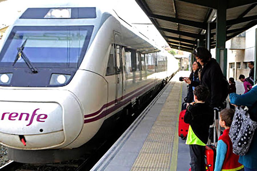 RENFE suprime en Cantabria trenes de cercanías, dos Alvias a Madrid y la mitad de las conexiones con Oviedo, Bilbao y Valladolid